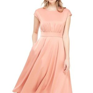 Gal meets Glam Julia Crepe Back Satin Midi Dress